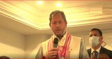 हाल में उत्तराखंड के मुख्यमंत्री के रूप में शपथ लेने वाले तीरथ सिंह रावत द्वारा महिलाए के परिधान पर दिए गए एक बयान पर बवाल मच गया है।