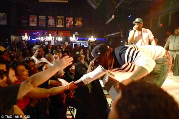 50 Cent Punches Female Fan In The Chest