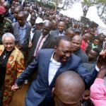 Kenyan Leaders Queuing To Vote