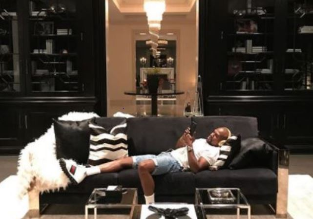 Floyd Mayweather Shares Photos Of Him Relaxing In His New $26m Mansion, Shows Off His Wine Cellar And Watches