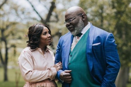 Tdjakes Daughter Wedding.Bishop T D Jakes And His Wife Celebrate 37th Wedding Anniversary
