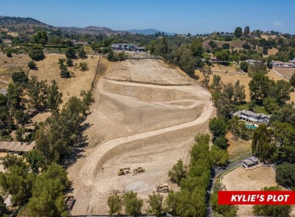 Kylie Jenner buys 5 acres of land in Hidden Hills for $15 Million