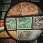 「使用済み切手」を切り貼り、未使用に偽装し郵便局で交換した銀行員を逮捕…