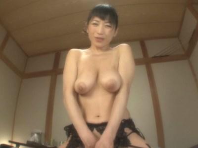 垂れ乳-デカ乳首-北原夏美-01