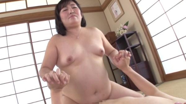 豊満-腹-天童絹枝-デブス-02