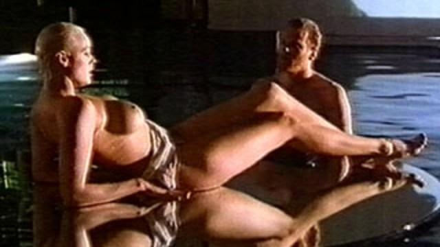ブリジット・ニールセンのヌード画像 ドミノという女(1989年)