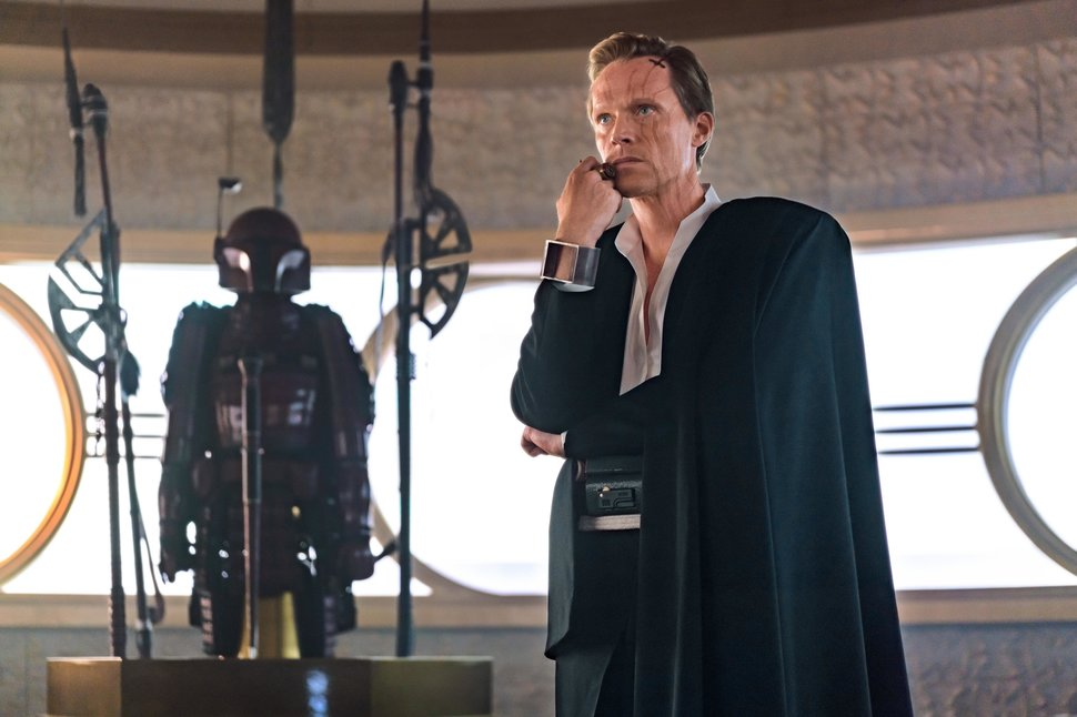 "Paul Bettany in ""Solo: A Star Wars Story."""