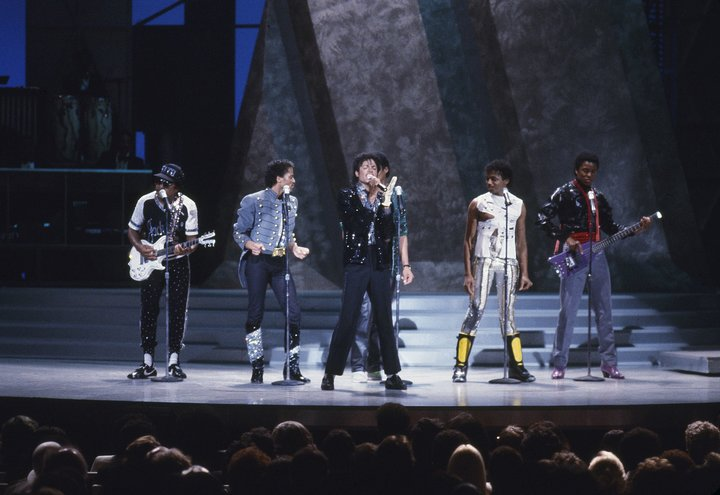 Also on Motown 25, Michael Jackson reunited with his brothers for a medley of the Jackson 5's greatest hits.