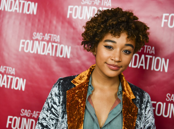 """The Hunger Games"" actress revealed <a href=""https://www.huffingtonpost.com/entry/amandla-stenberg-comes-out-as-gay_us_5"
