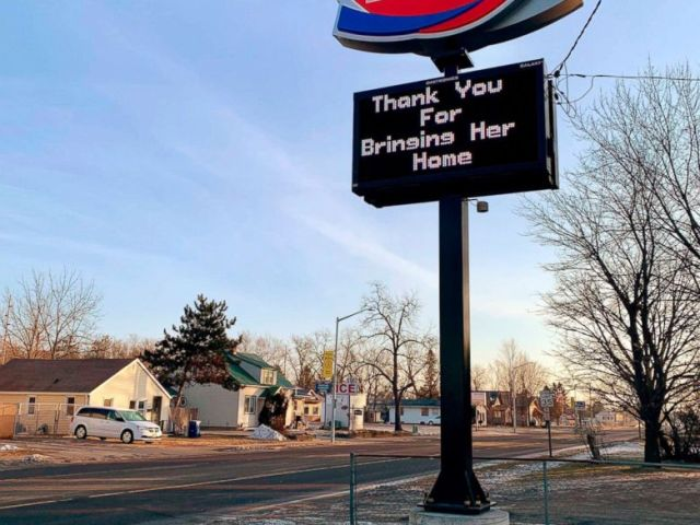 PHOTO: A thank you sign is displayed after Jayme Closs, a missing Wisconsin teenager was found alive more than three months after she disappeared, Jan. 11, 2019 in Barron, Wis.