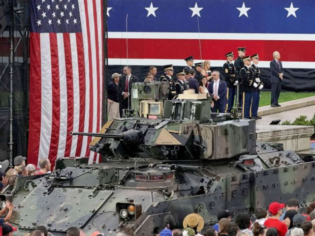 PHOTO: Spectators stand next to a tank at the Salute to America event at the Lincoln Memorial during Fourth of July Independence Day celebrations in Washington, D.C., U.S., July 4, 2019. REUTERS/Joshua Roberts