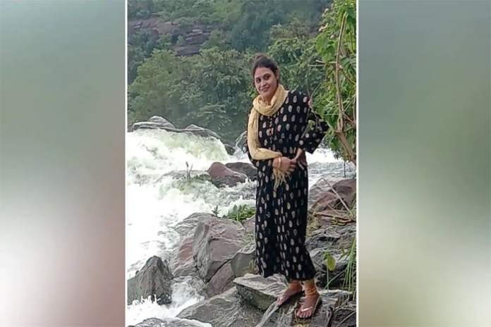 woman drowned in dam while taking selfies in mp