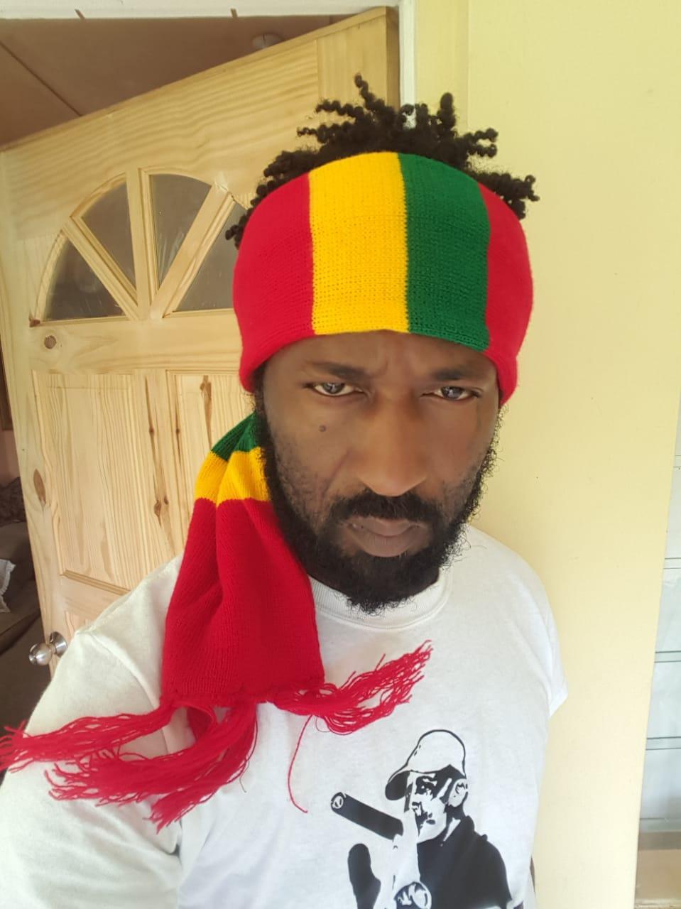 Heard on Irie FM, HITZ FM, ZIP FM  and more, Teeardropz aka Jonathan Brown, is a Jamaican reggae artist who drops 'Wake up list'