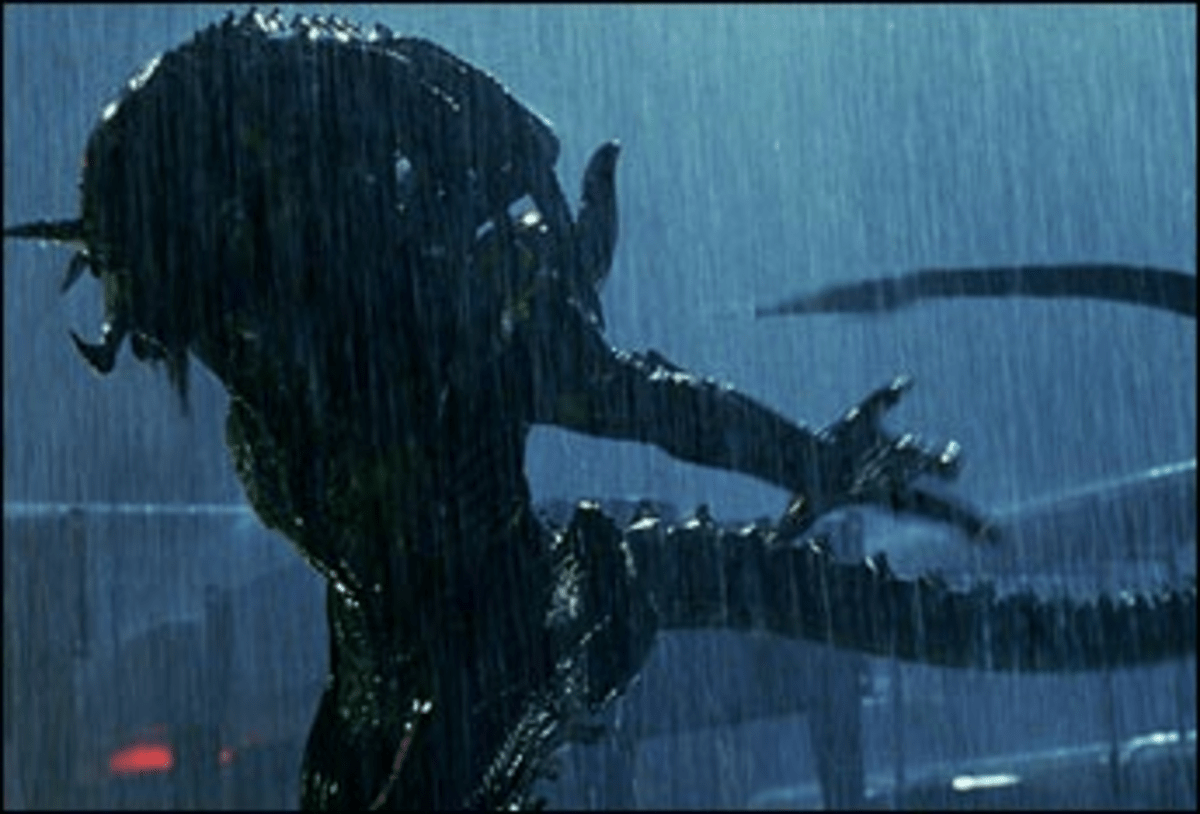 Shower Power: The Predalien pours on the violence.