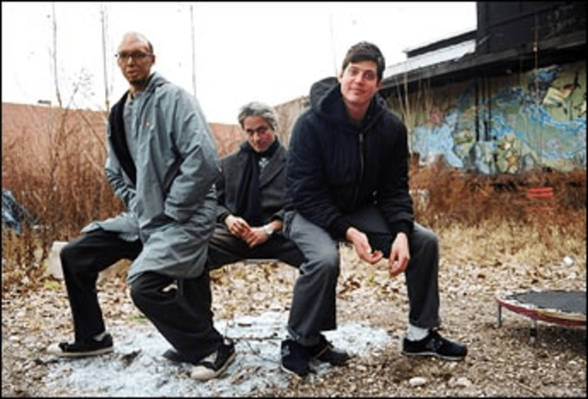 Three on a Mismatch: Marc Ribot?s new trio doesn?t have a lot of new ideas.