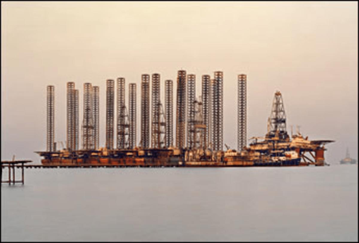 SOCAR Oil Fields #6, Baku, Azerbaijan, 2006. Color print.