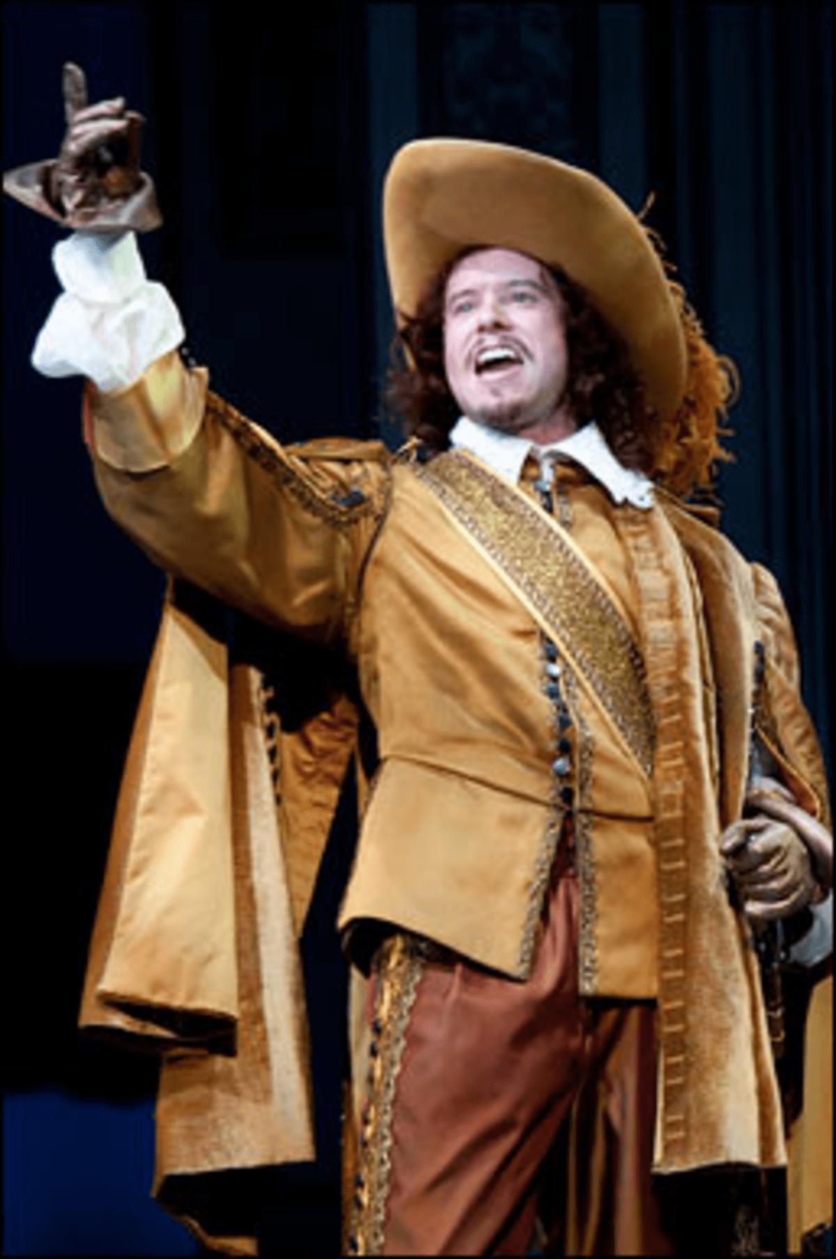 Dorante Delicto: Christian Conn plays a joyful womanizer.