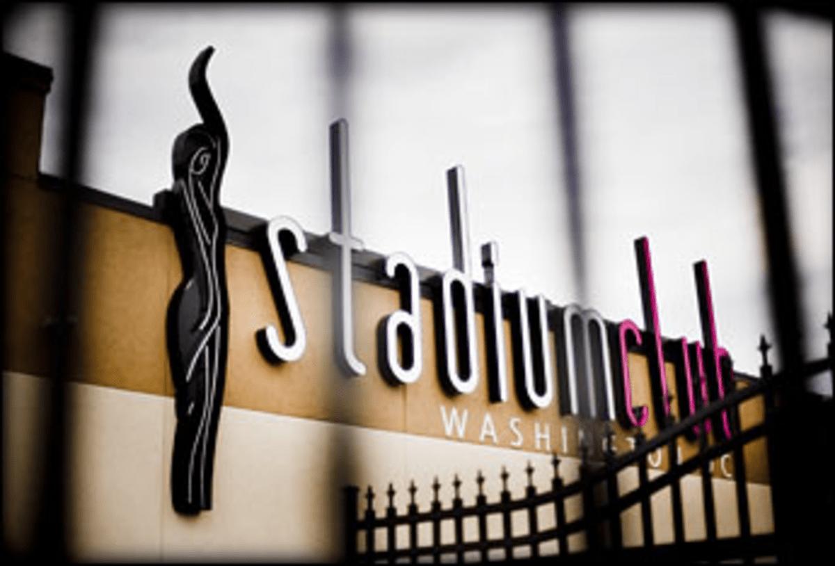 Pole Position: Stadium Club raises the bar for strip-club food.