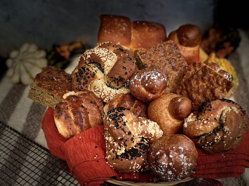 Thanksgiving bread basket from Glen's Garden Market