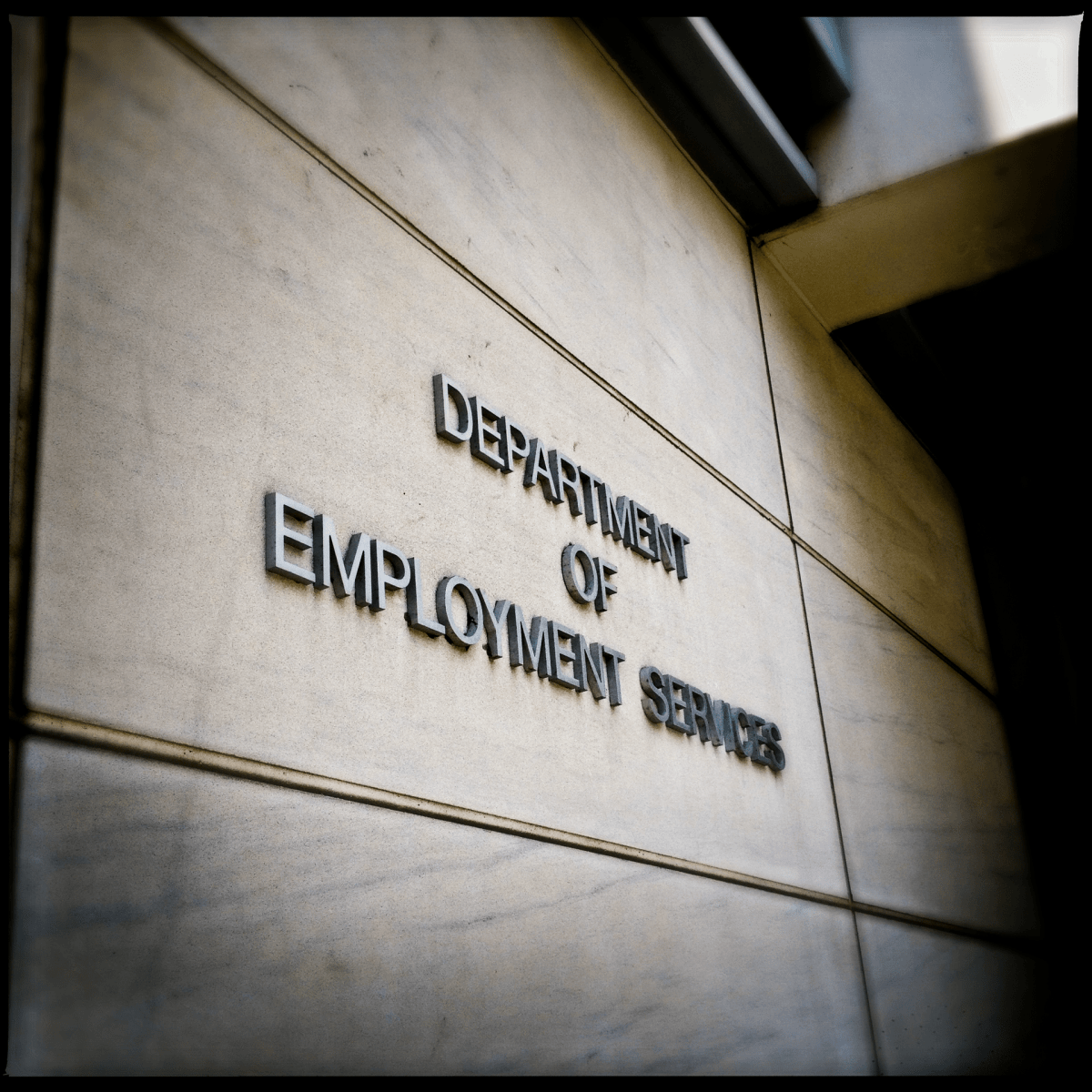 Department of Eemployment Services exterior