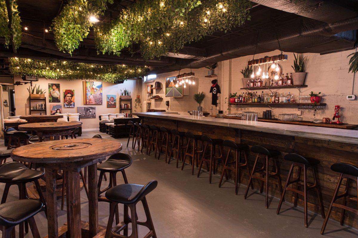 Chacho's Bar