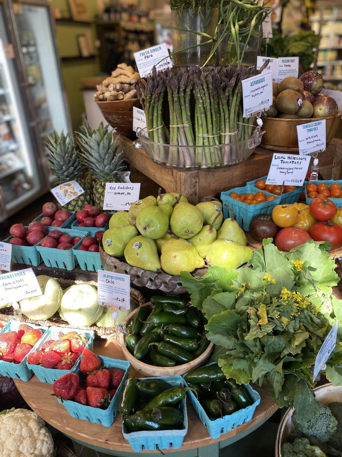 Produce at Each Peach Market
