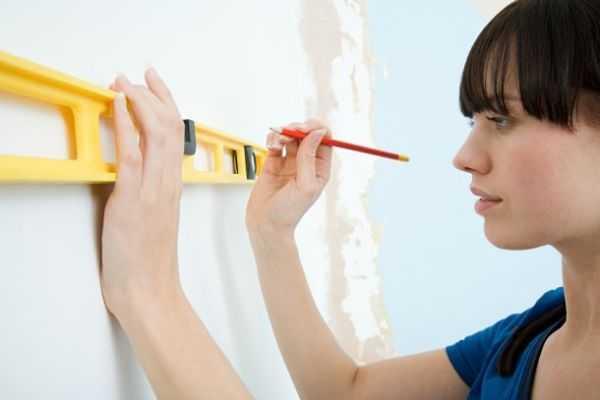 Наклейка обоев на стены – декоративные, декор стен, фото ...