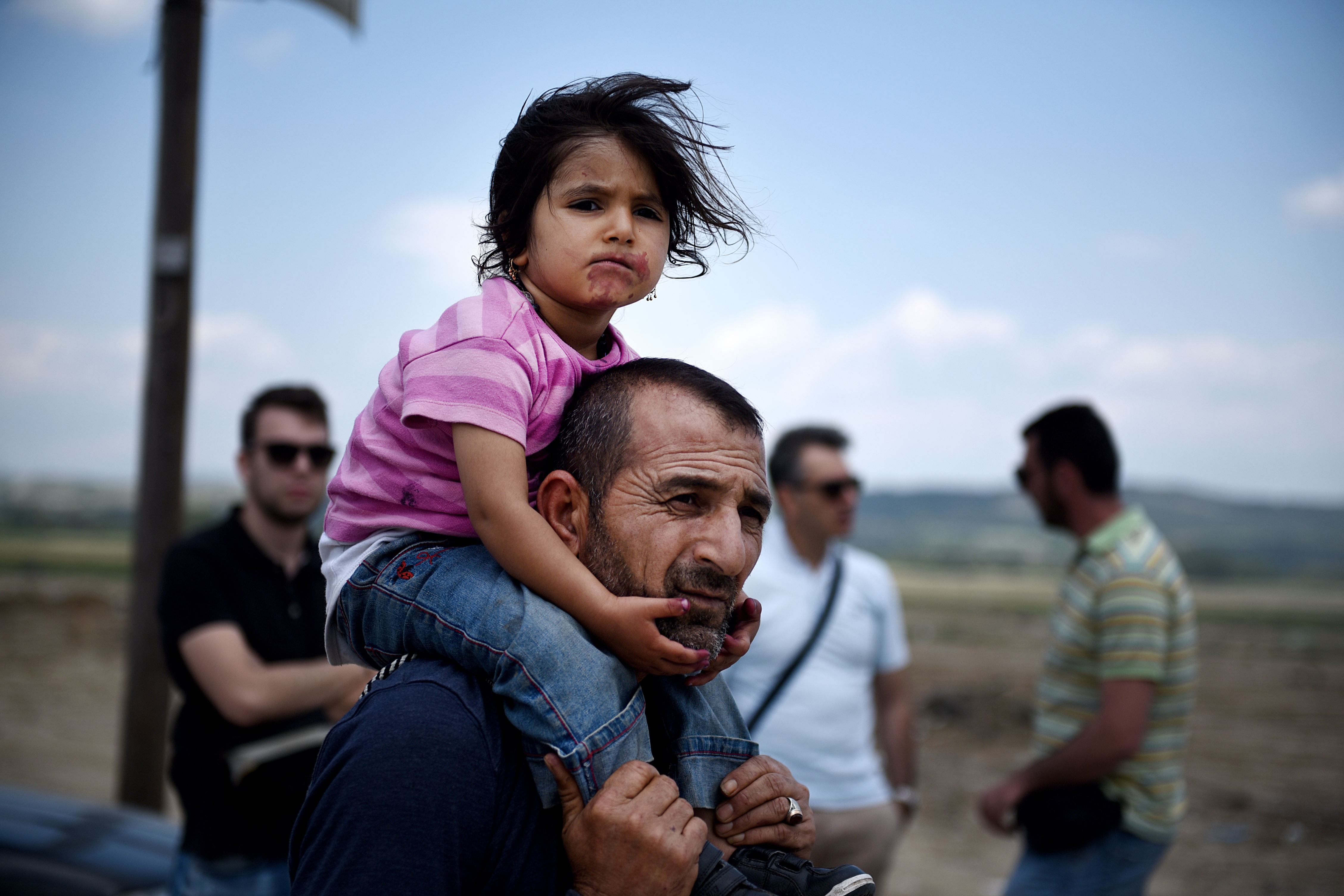 migrant father family child ss