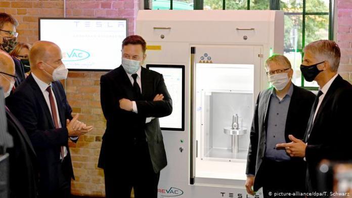 Tesla CEO Elon Musk visited CureVac's HQ in September