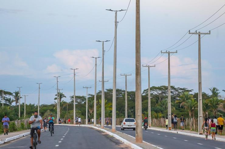 Dr. Pessoa inaugura obras na zona Sudeste de Teresina