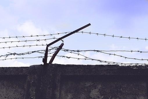 ФСИН хочет побороть тюремные call-центры