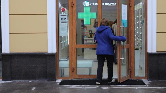 ОНФ заявил Путину об отсутствии в 85% аптек России лекарств от COVID-19