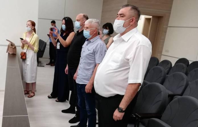 Полицейских, обвиняемых в изнасиловании дознавательницы в Уфе, осудили на сроки от 5,5 до семи лет колонии