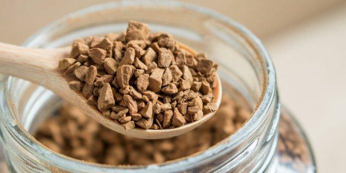 Врач-диетолог развеял популярные мифы о растворимом кофе