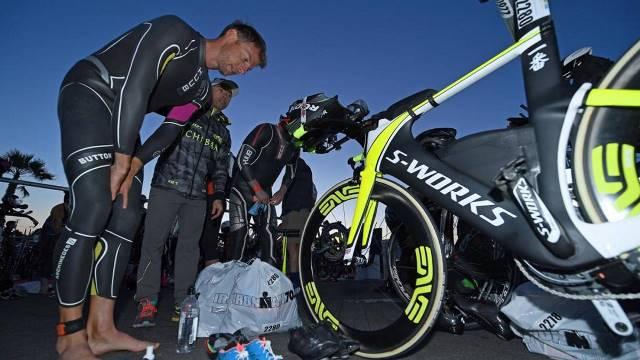 Ironman: Button desclassificado por excesso de velocidade