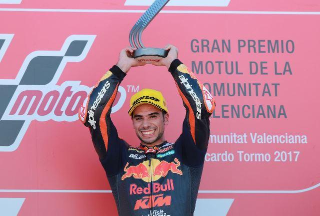Miguel Oliveira fechou com chave de ouro o Campeonato Mundial de Motociclismo