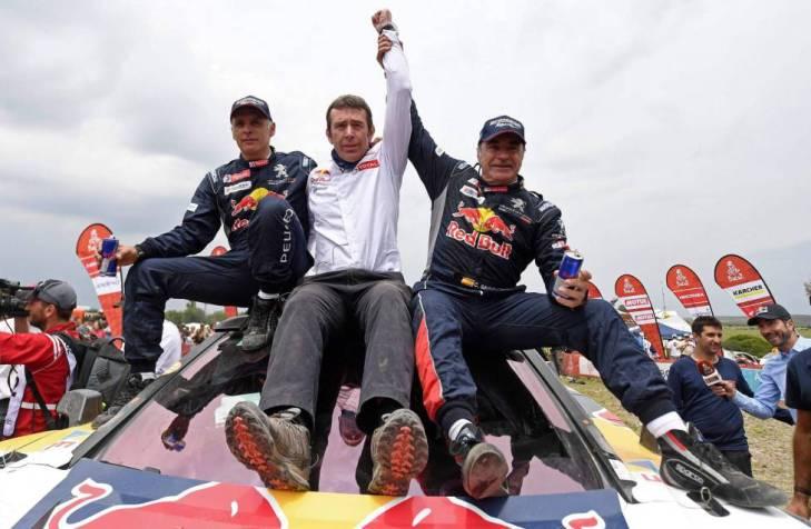 Carlos Sainz sagra-se bicampeão do Dakar