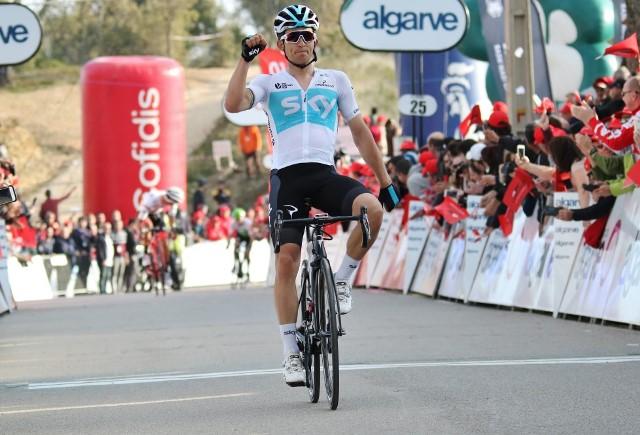 Michal Kwiatkowski vence etapa e conquista a Volta