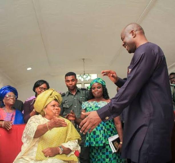 BREAKING: Gov. Makinde Loses Mother