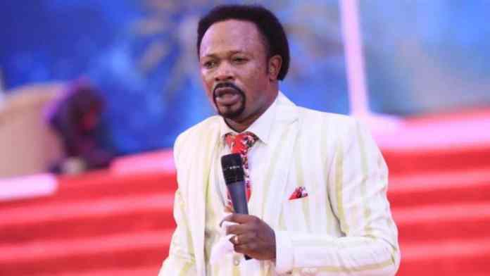 See Video Of Moment Prophet Iginla Weep Over Nigeria, Raises Prayers Against Happenings In May, June, July