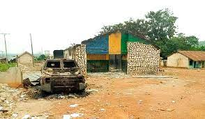 In Imo, hoodlums assault another police station, killing five Police Officer.