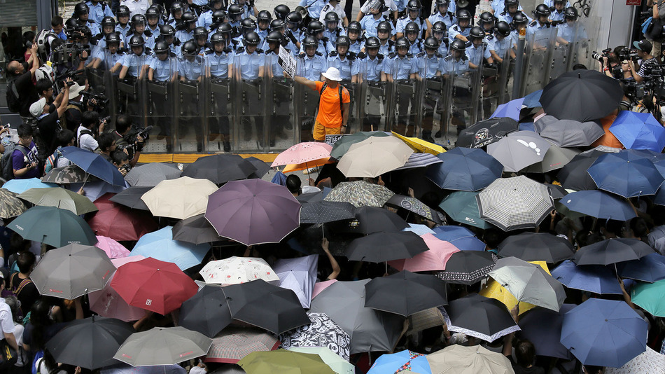 https://i1.wp.com/newsrescue.com/wp-content/uploads/2014/10/umbrella-revolution.jpg