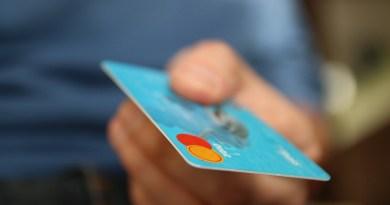 Servicii bancare gratuite pentru persoanele cu venituri mai mici de 2.500 lei