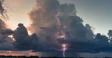 METEO: Vijelii și ploi însemnate în aproape toată țara până luni seara