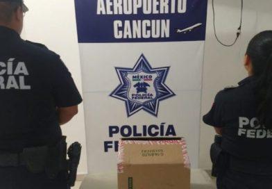 Româncă arestată în Mexic cu o sumă mare de bani asupra ei, dată de gol de mersul greoi