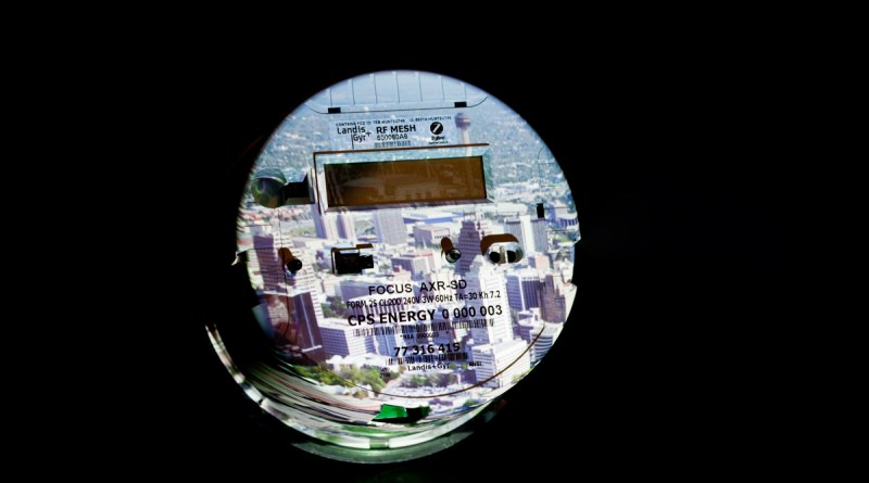 (Image) pilot meter program, digital meter, old analog meters
