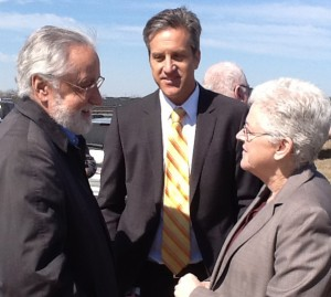 Solar San Antonio's Lanny Sinkin, CPS Energy's Cris Eugster and EPA Administrator Gina McCarthy discuss water\solar project.