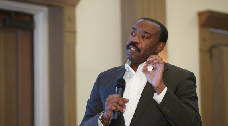 (Image) CPS Energy CEO Doyle Beneby