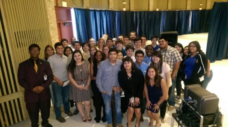 (Image) CPS Energy summer interns gather one last time to say goodbye.