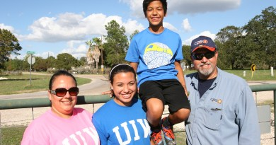 (Image) Alex Lopez and family
